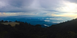 Checkpoint Lodge - 2km below Summit